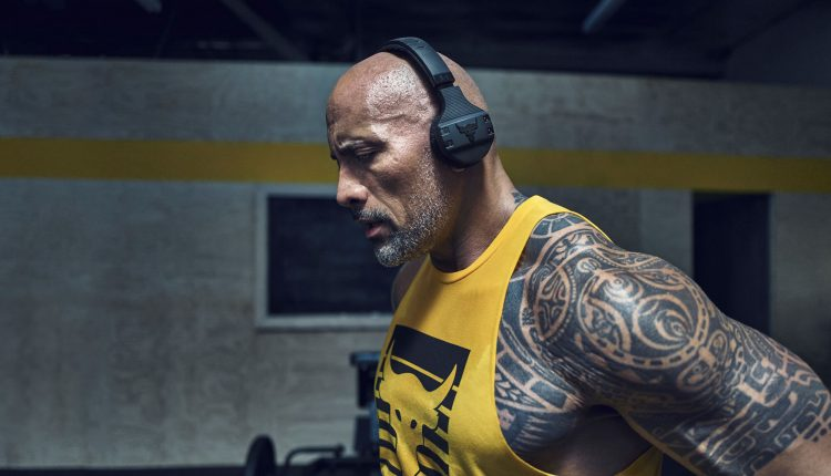 DWAYNE JOHNSON UNDER ARMOUR CHASE GREATNESS COLLECTION (8)
