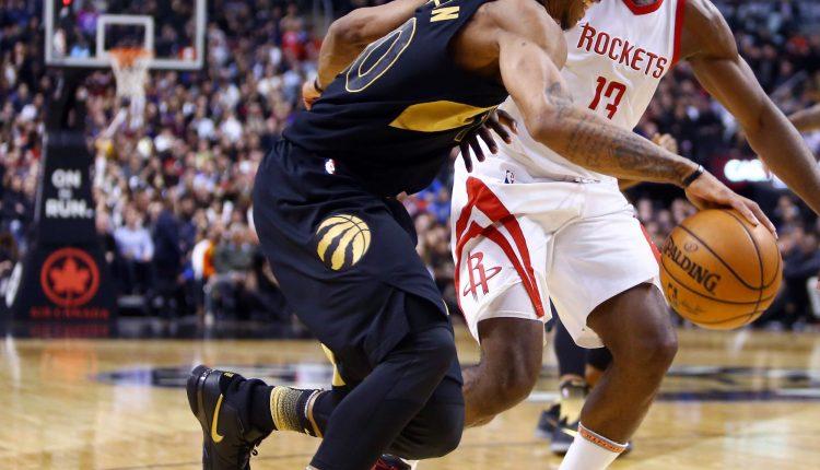 DeMar DeRozan Nike Zoom Kobe 1 black gold (3)