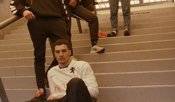 Nike x Off-White Football, Mon Amour (14)