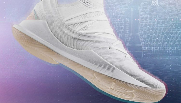 under-armour-steph-vr-pop-up-curry-4-low-and-curry-5 (10)