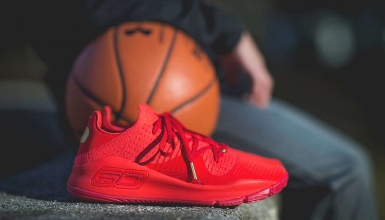 under-armour-steph-vr-pop-up-curry-4-low-and-curry-5 (6)