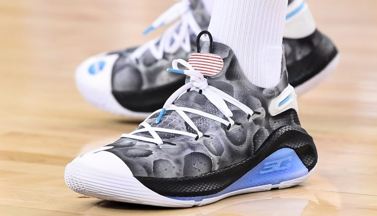 under armour curry 6 moon landing (1)