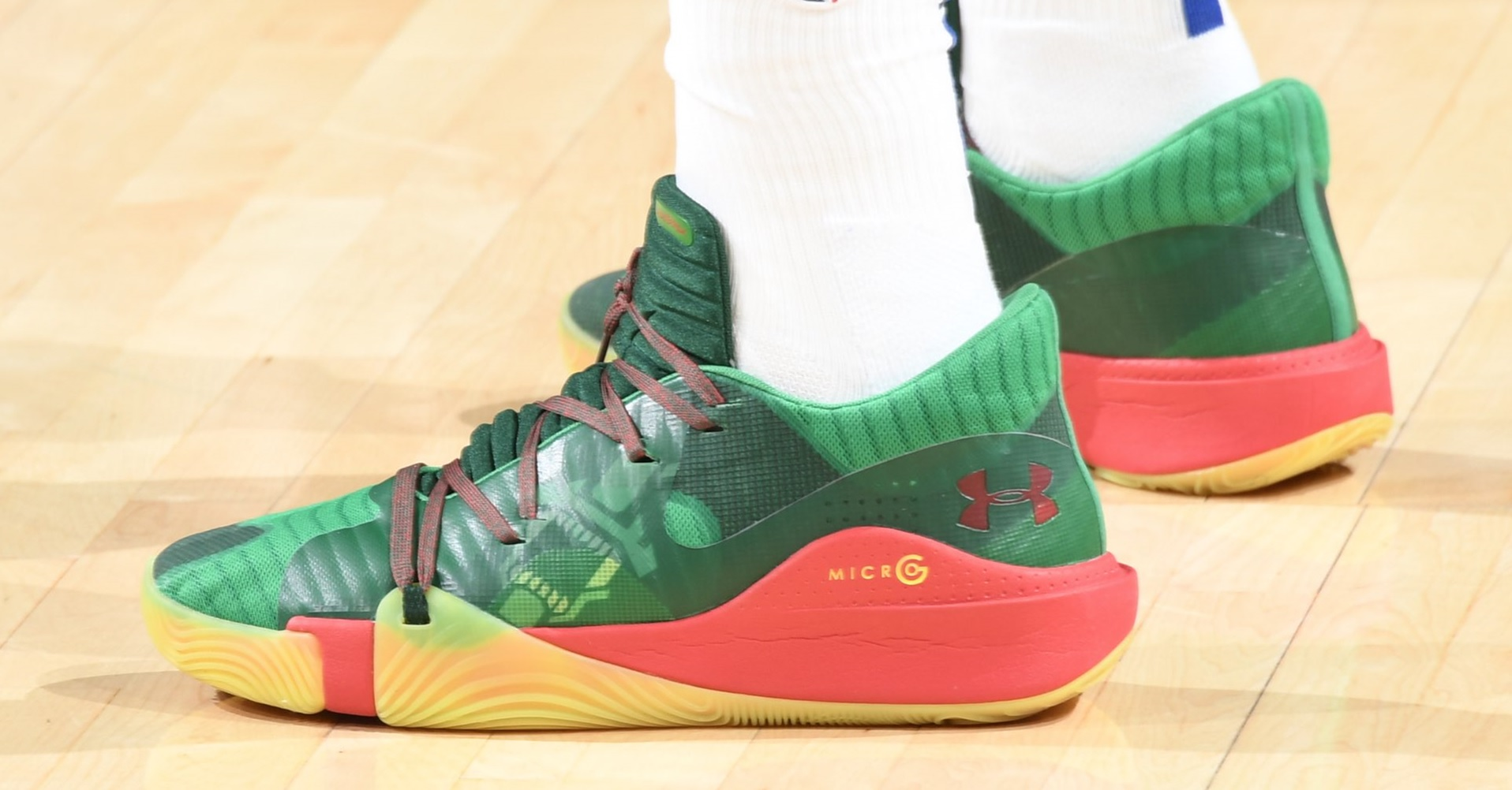 女 版 籃球 鞋