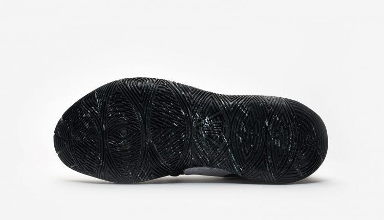 nike-kyrie-5-white-black-ao2918-100 (3)