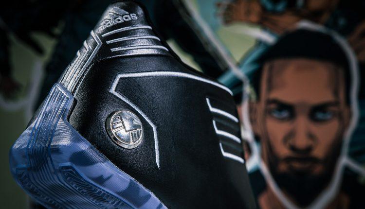 20190424 adidas Marvel pack-18