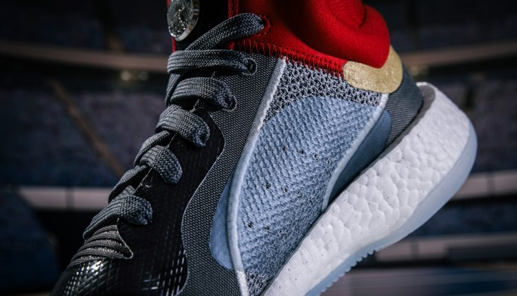 20190424 adidas Marvel pack-7