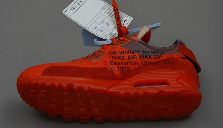 virgil-abloh-off-white-prototype-mca-CHICAGO (8)