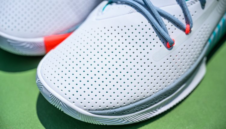 Under Armour SC 3ZER0 III feature (2)