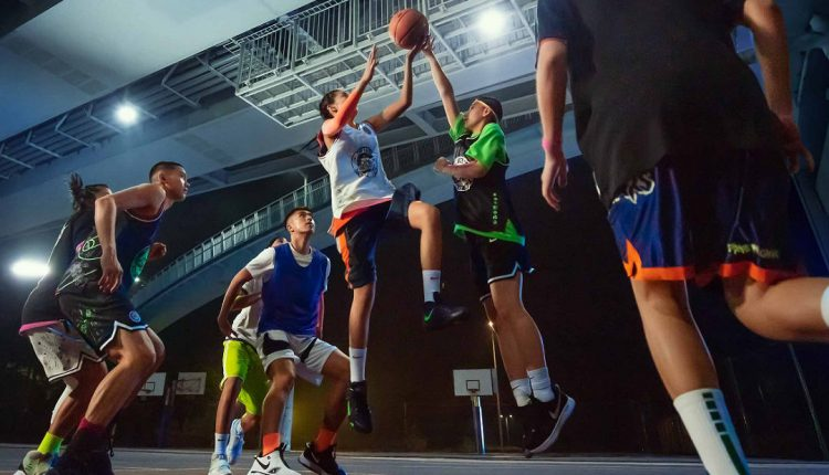 Nike PLANET OF HOOPS (3)