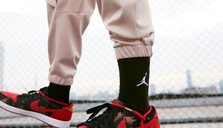 Air Jordan 1 Low OG CNY (1)