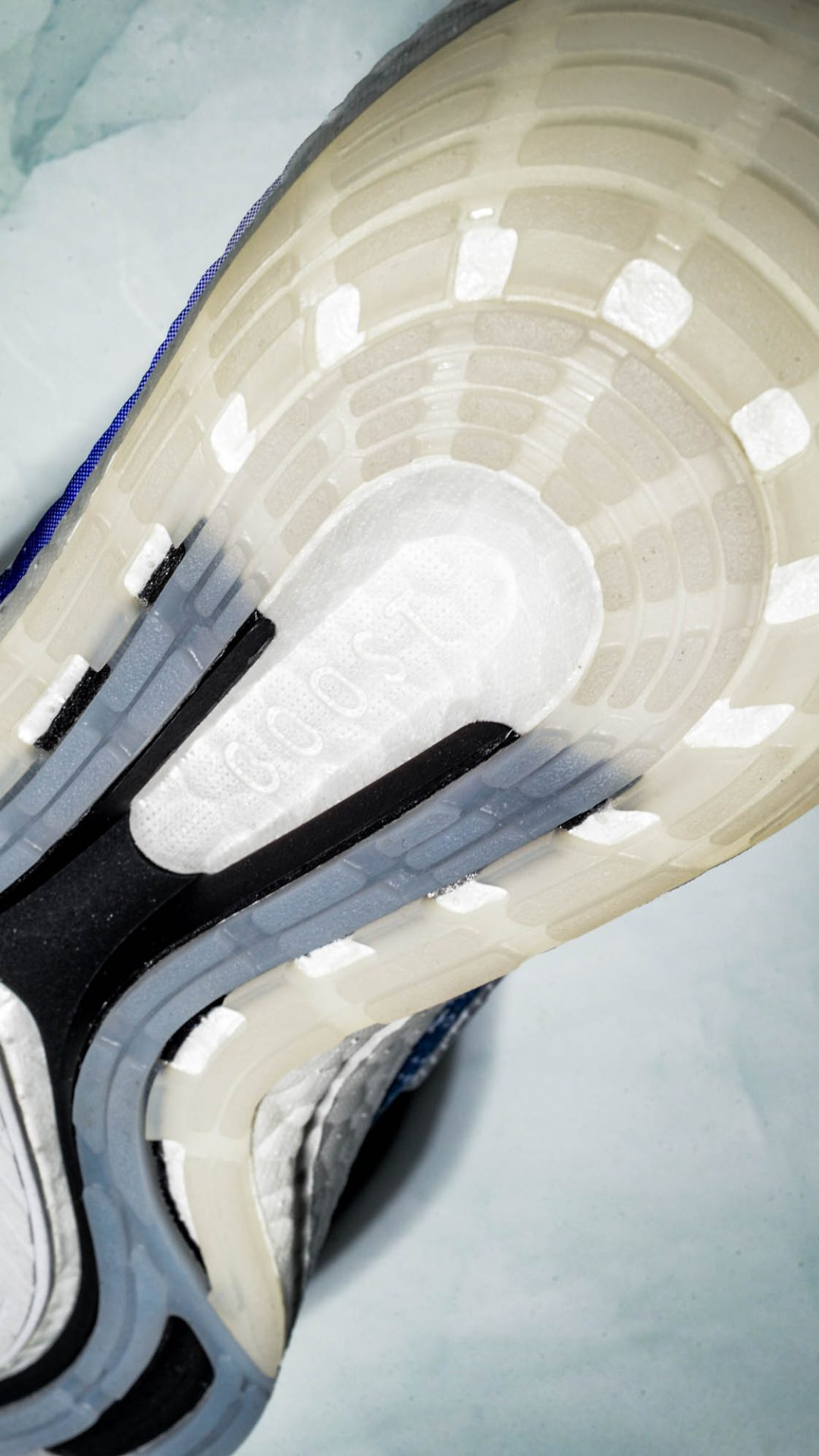 202105-adidas-ultraboost-21-primeblue-sustainable-9001-2